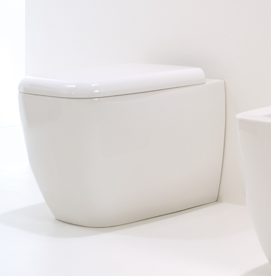 GSG LILAC TOILET WITH SOFT CLOSE SEAT